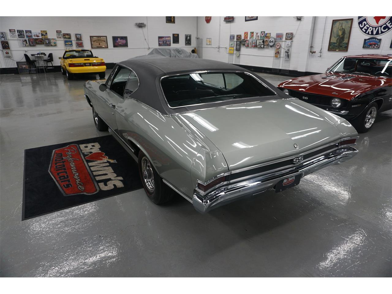 Large Picture of '68 Chevelle - QQ8T