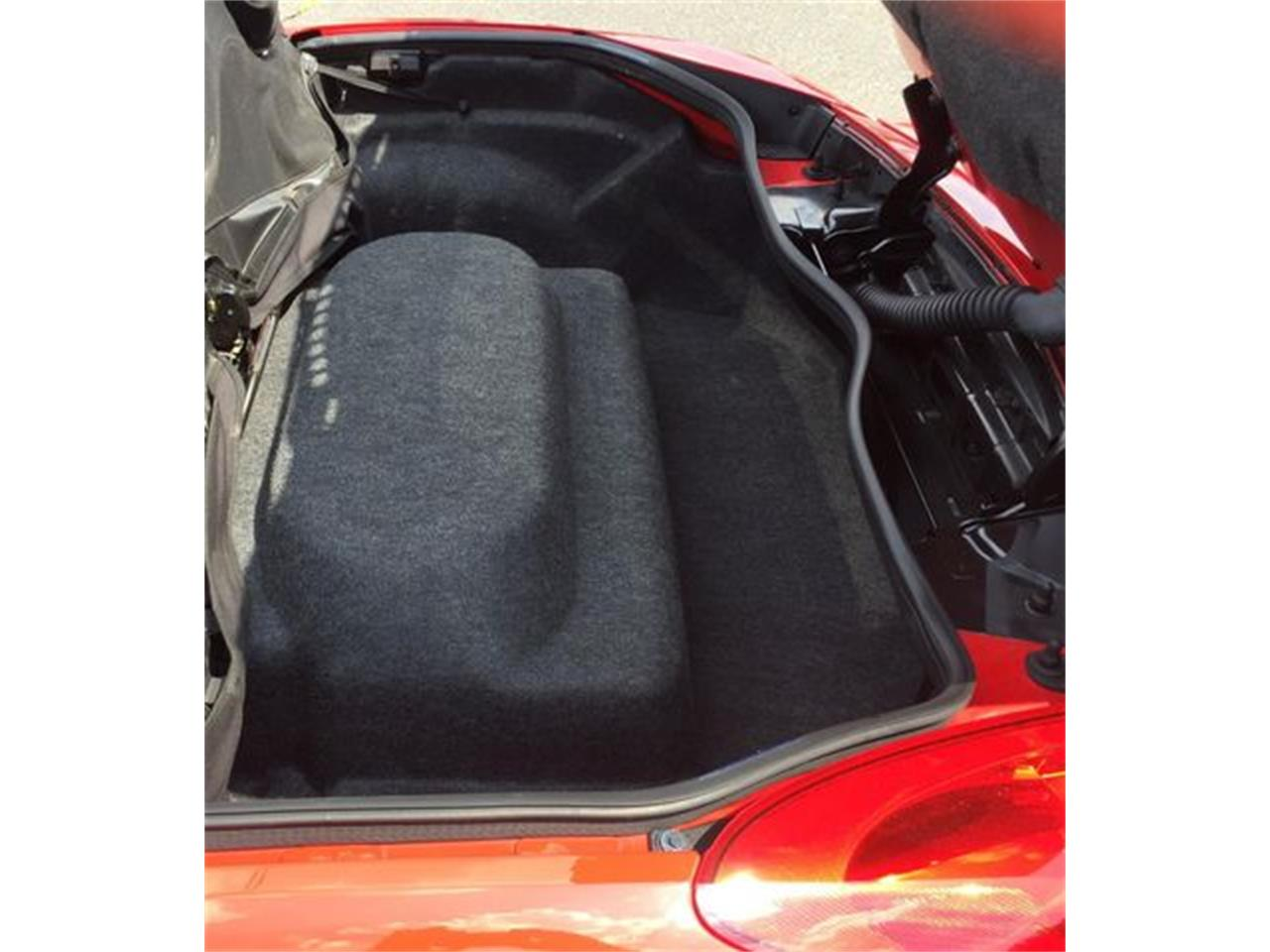 Large Picture of '07 Pontiac Solstice - $10,489.00 Offered by Ebzzmotors.com LLC - QQ8Z
