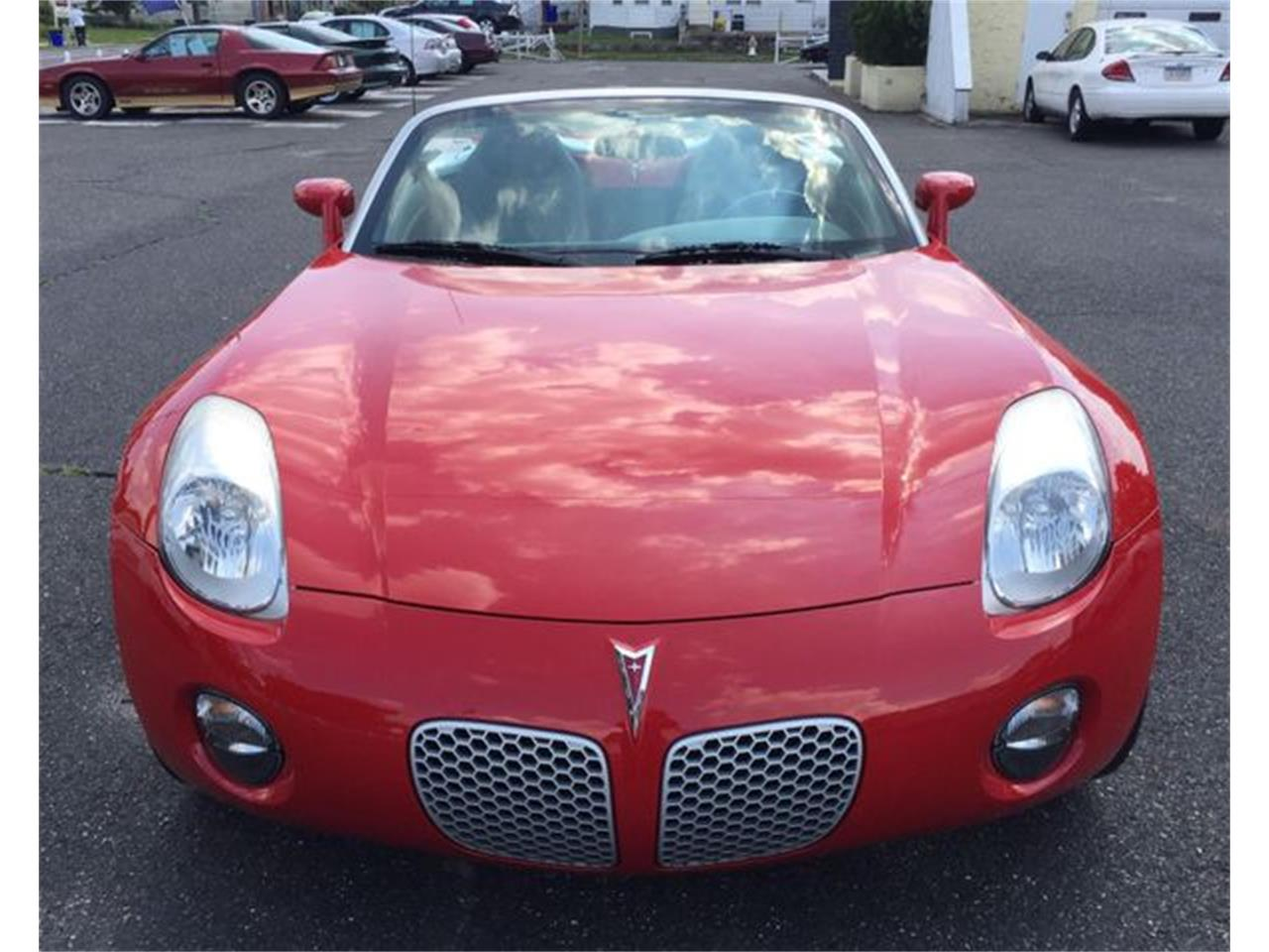 Large Picture of 2007 Solstice located in New Jersey - $10,489.00 Offered by Ebzzmotors.com LLC - QQ8Z
