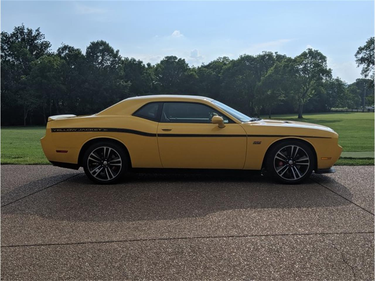 Large Picture of '12 Challenger - QQA6