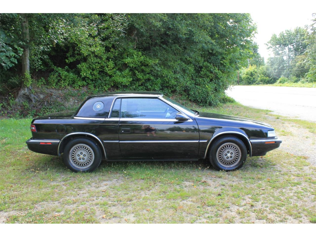 Large Picture of 1990 Chrysler TC by Maserati located in Washington - QQBD