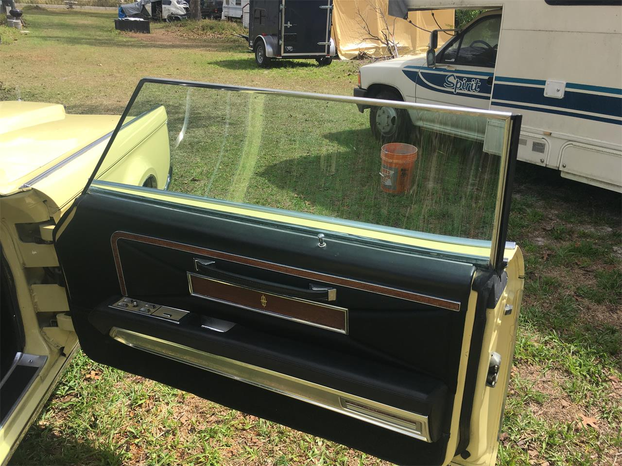 Large Picture of Classic '71 Continental Mark III - QQD3