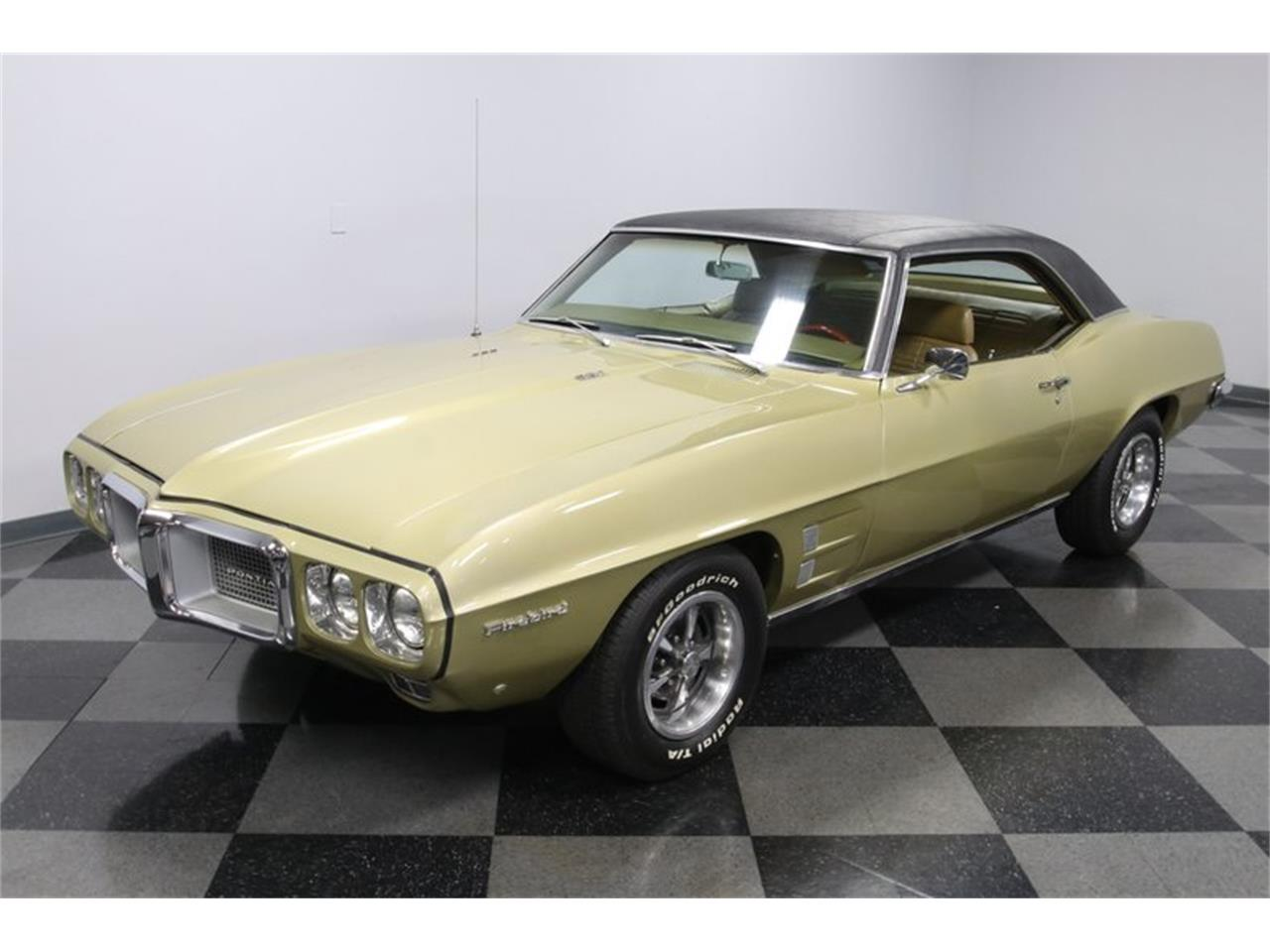 Large Picture of '69 Firebird - QQDK