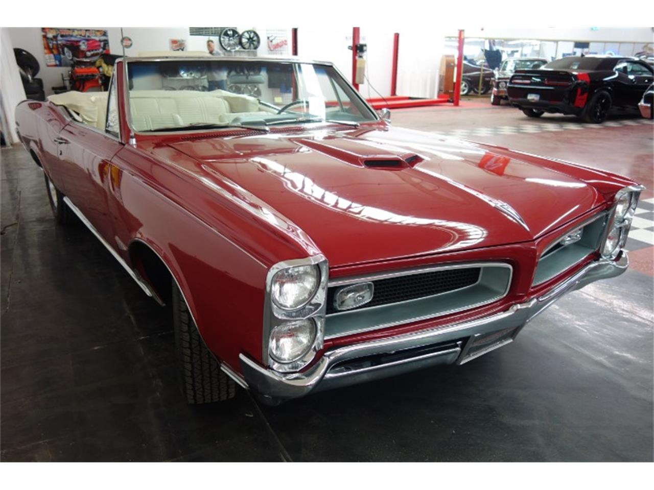 Large Picture of Classic 1966 GTO located in Illinois - QQEA