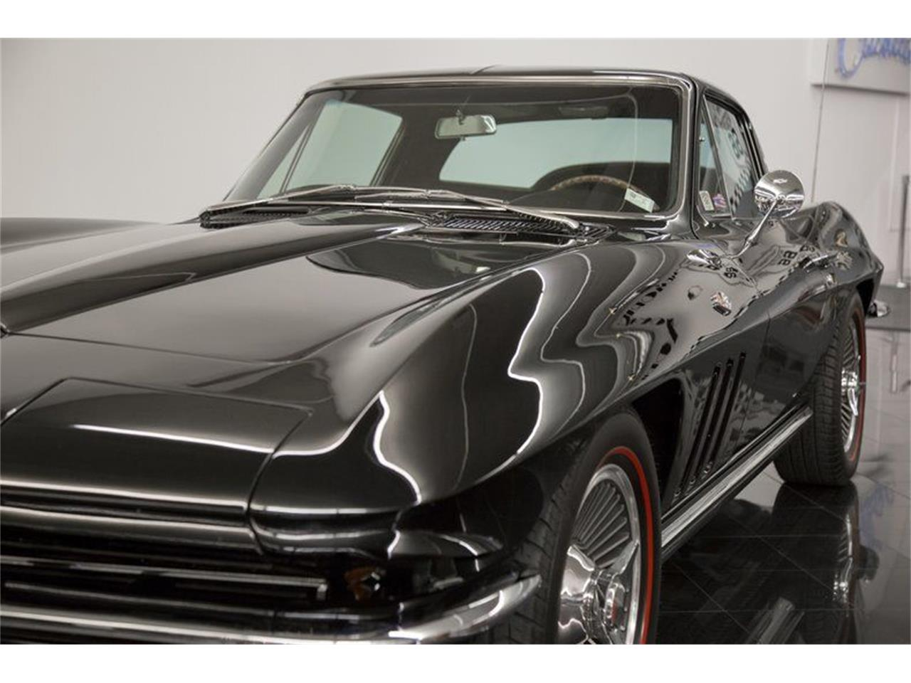 Large Picture of '65 Corvette Stingray - QQEL