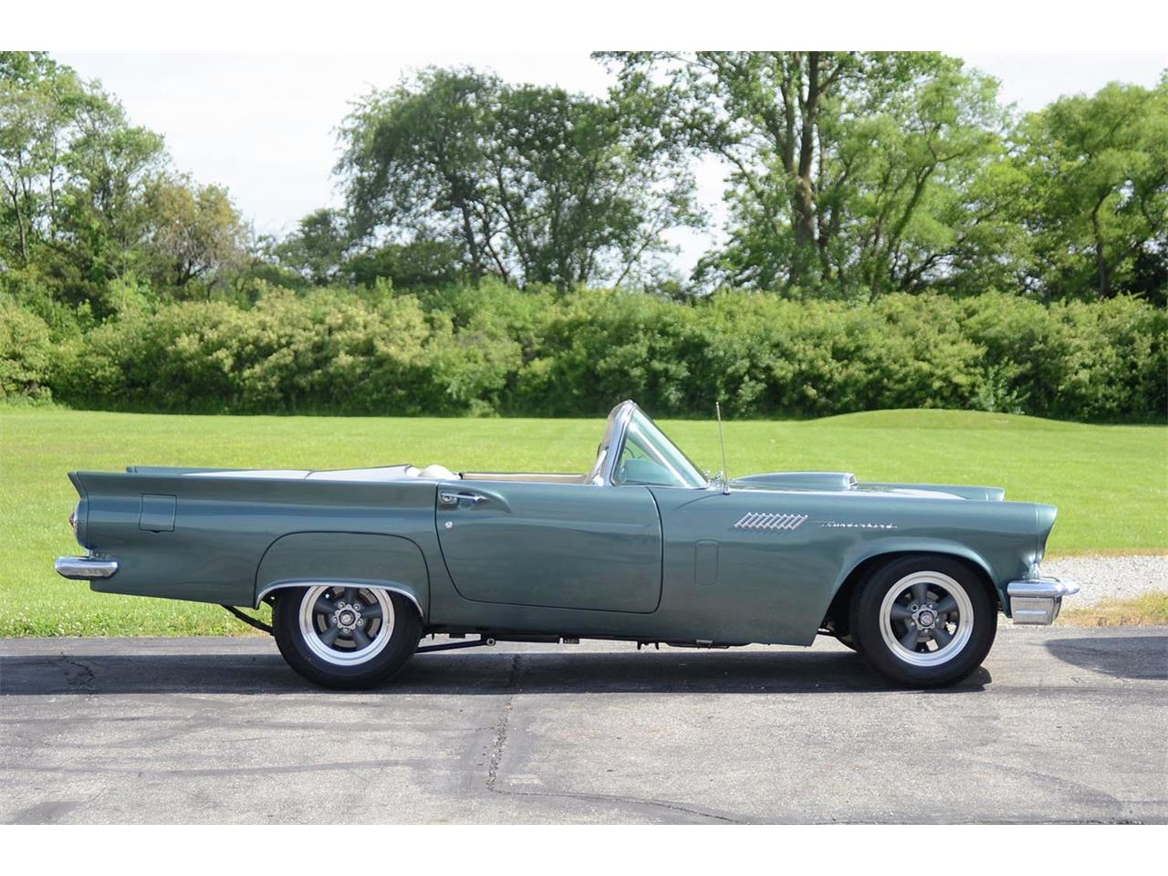 Large Picture of '57 Thunderbird - QQFR