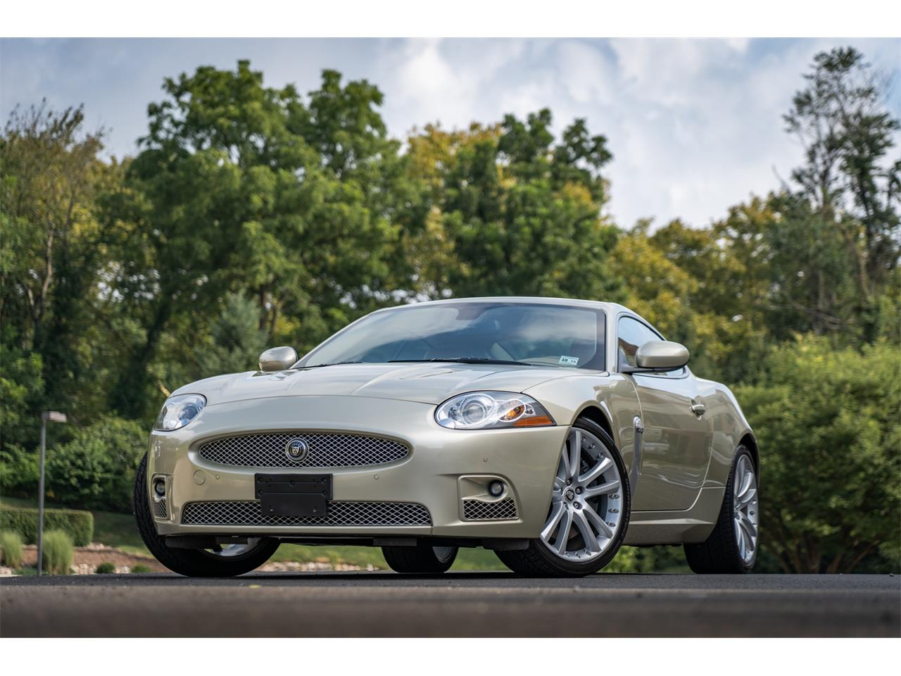 Large Picture of 2008 Jaguar XKR located in Doylestown Pennsylvania Auction Vehicle Offered by Bring A Trailer - QQG3