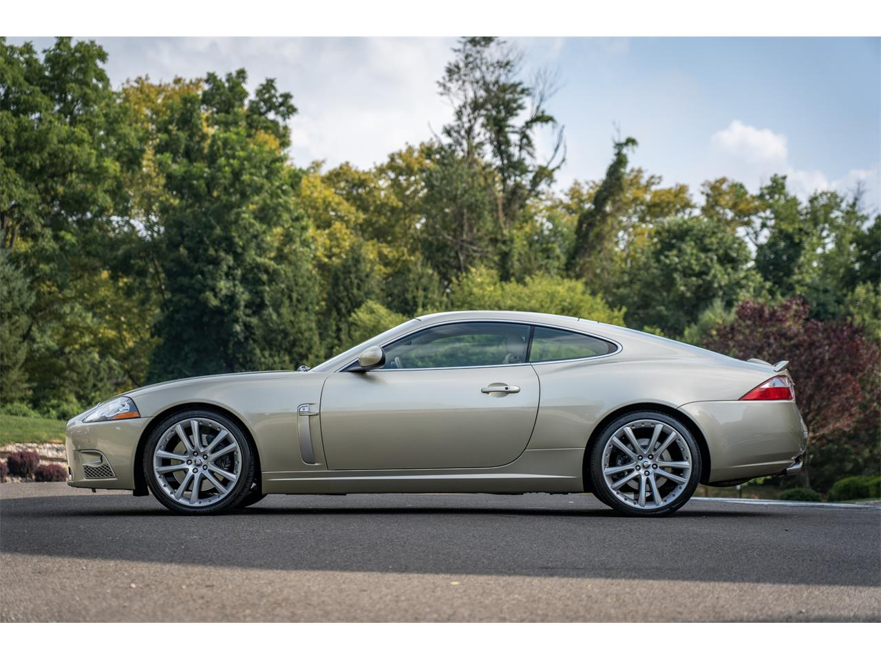 Large Picture of '08 Jaguar XKR located in Doylestown Pennsylvania - QQG3