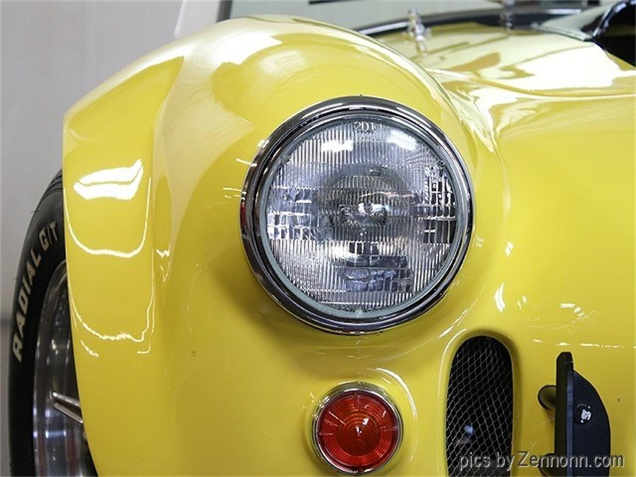 Large Picture of Classic 1967 Cobra - QQH0