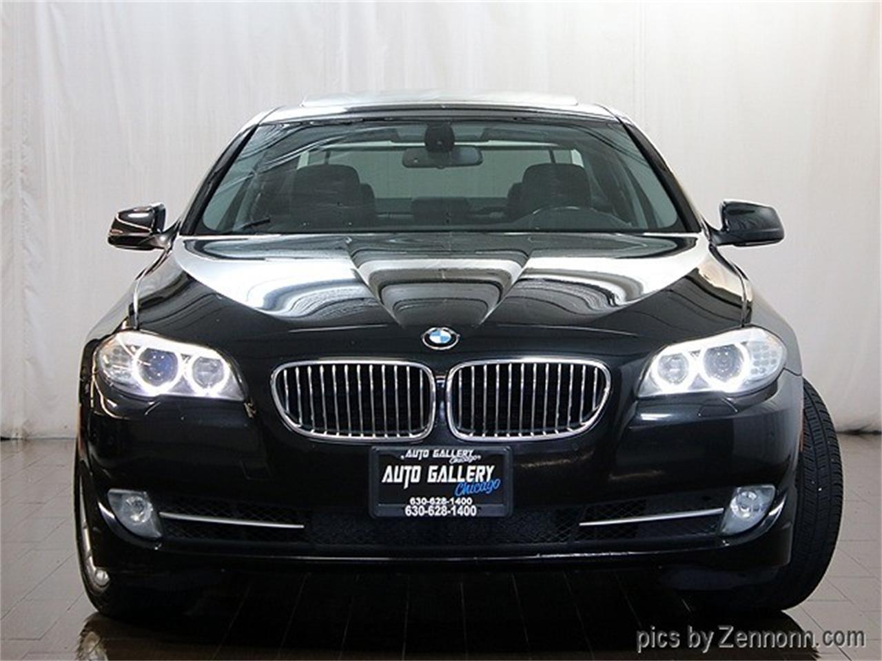 Large Picture of '11 5 Series - $12,990.00 Offered by Auto Gallery Chicago - QQH4