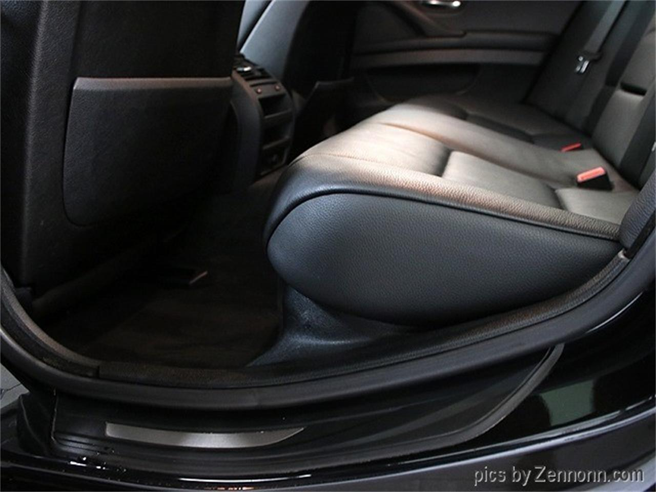 Large Picture of '11 BMW 5 Series Offered by Auto Gallery Chicago - QQH4