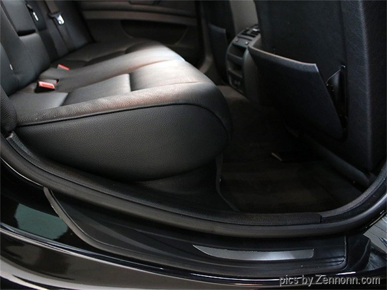 Large Picture of 2011 BMW 5 Series located in Addison Illinois - QQH4