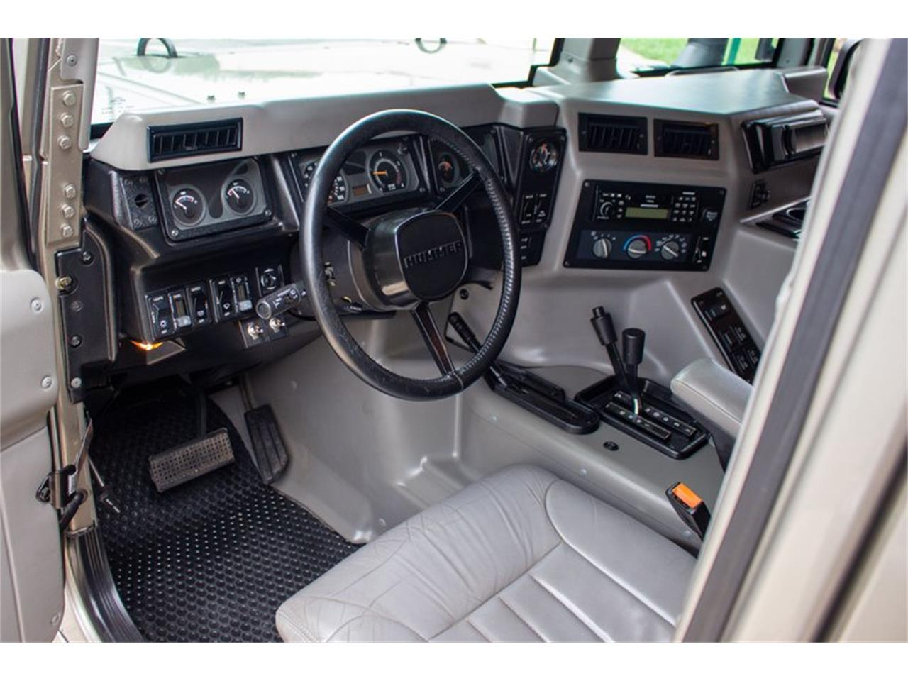 Large Picture of 2002 Hummer H1 - QQHC