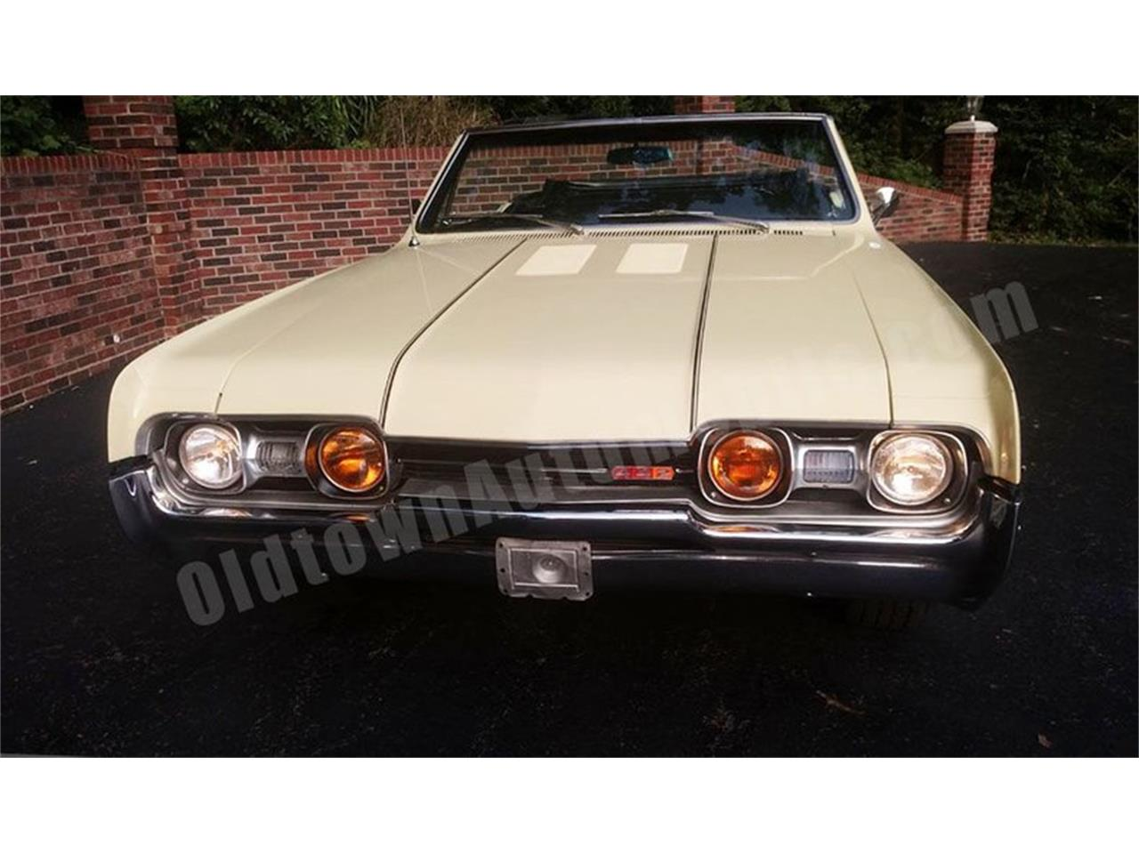 Large Picture of 1967 Cutlass - $24,900.00 Offered by Old Town Automobile - QQI8