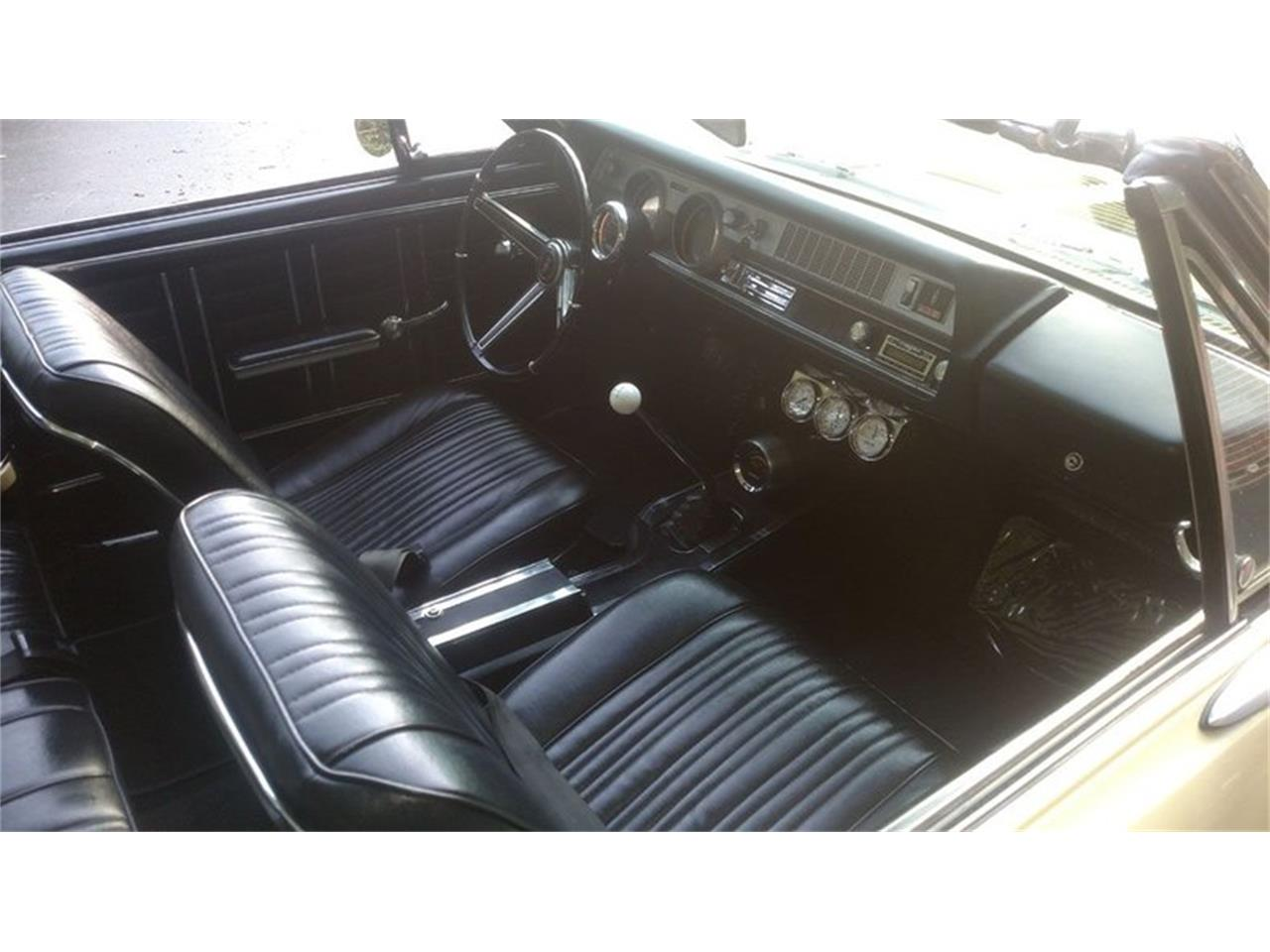 Large Picture of '67 Cutlass located in Maryland Offered by Old Town Automobile - QQI8