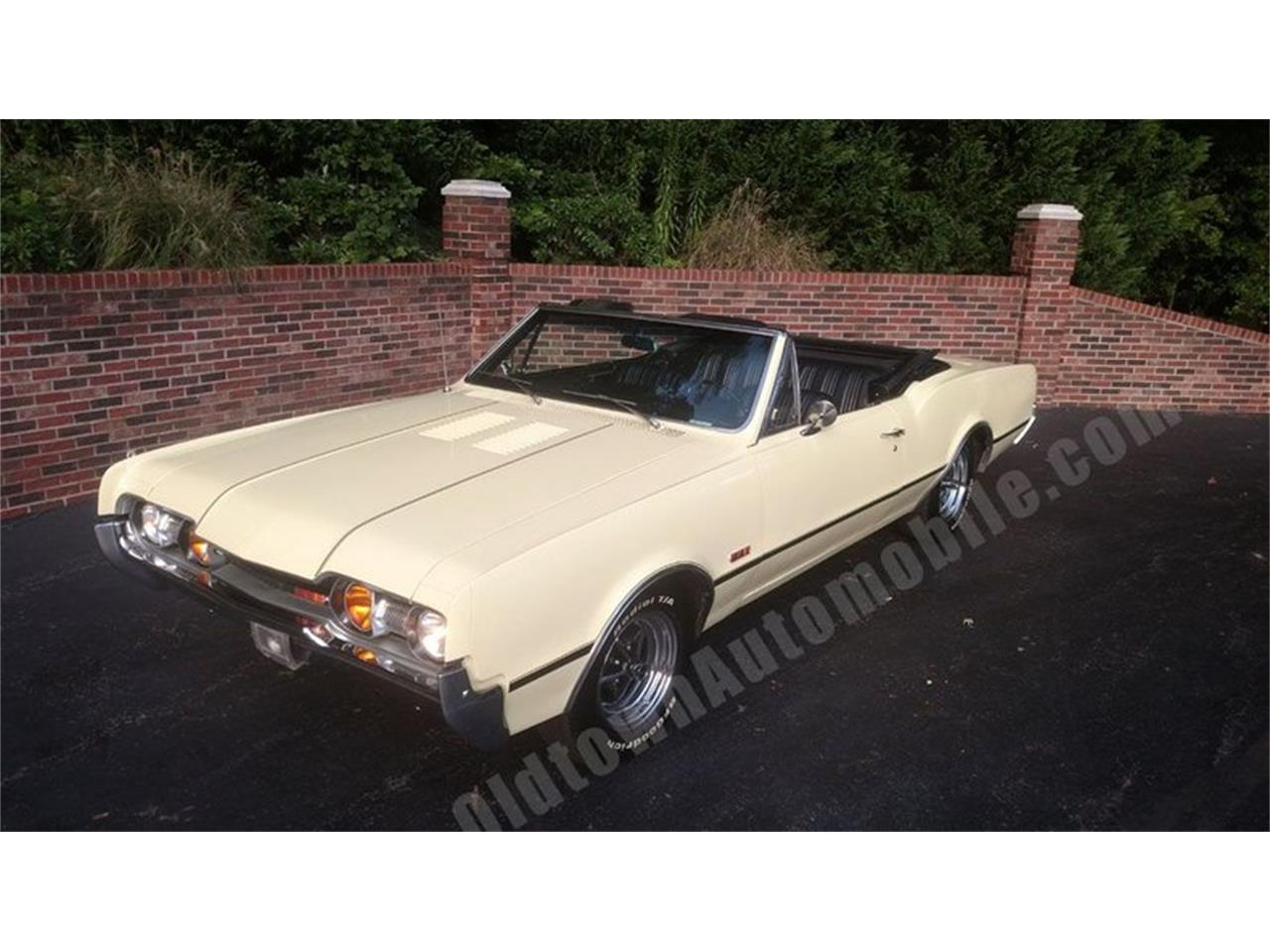 Large Picture of 1967 Oldsmobile Cutlass located in Maryland - QQI8