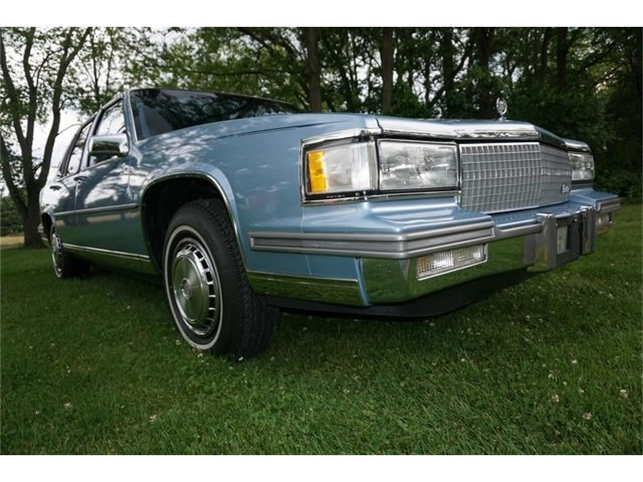 Large Picture of '87 Cadillac Sedan DeVille - $8,950.00 - QQIS