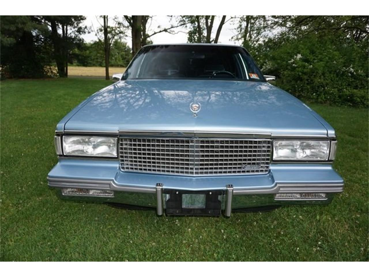 Large Picture of '87 Cadillac Sedan DeVille - $8,950.00 Offered by Lance Motors - QQIS