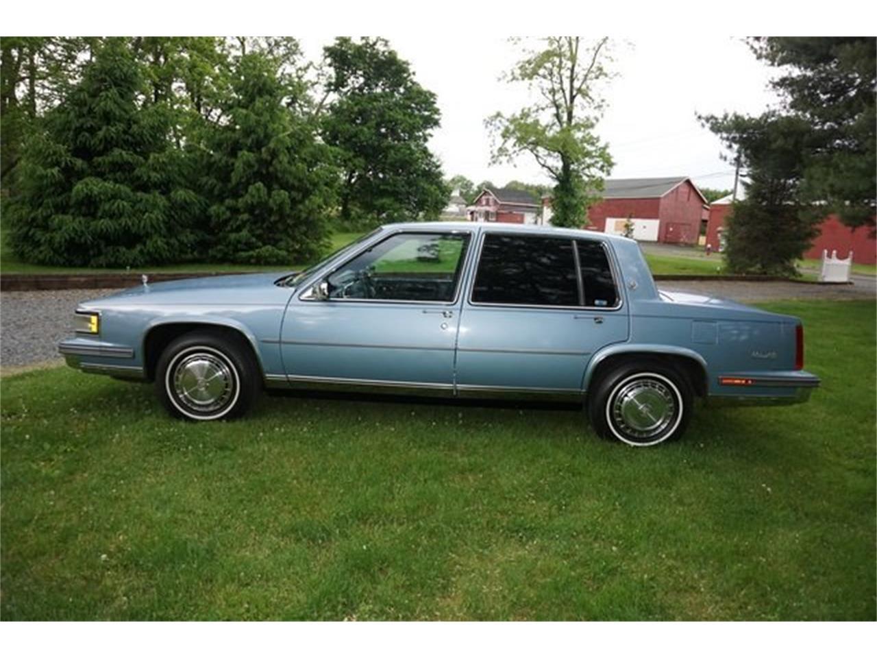 Large Picture of 1987 Cadillac Sedan DeVille - $8,950.00 - QQIS