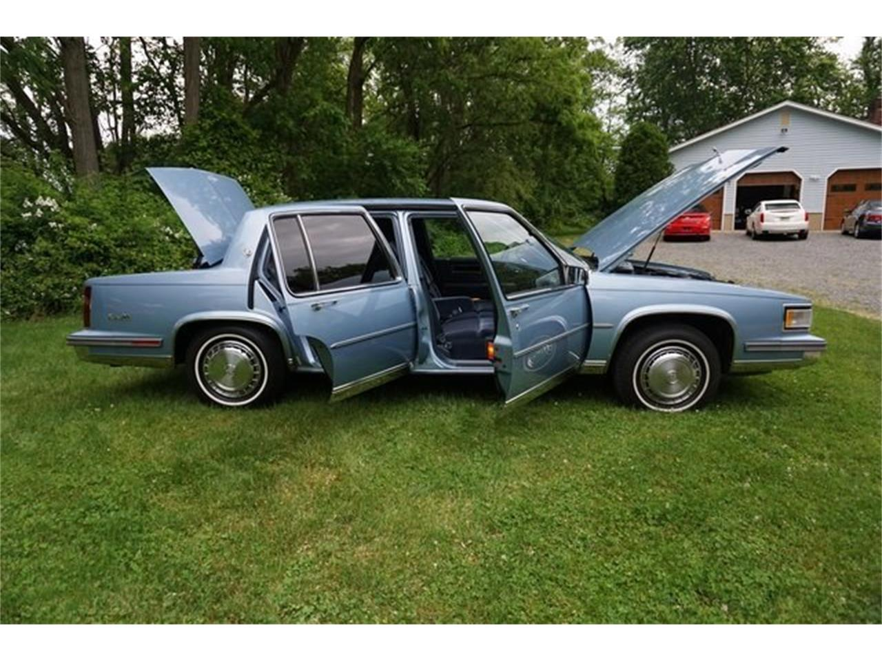 Large Picture of 1987 Cadillac Sedan DeVille - QQIS