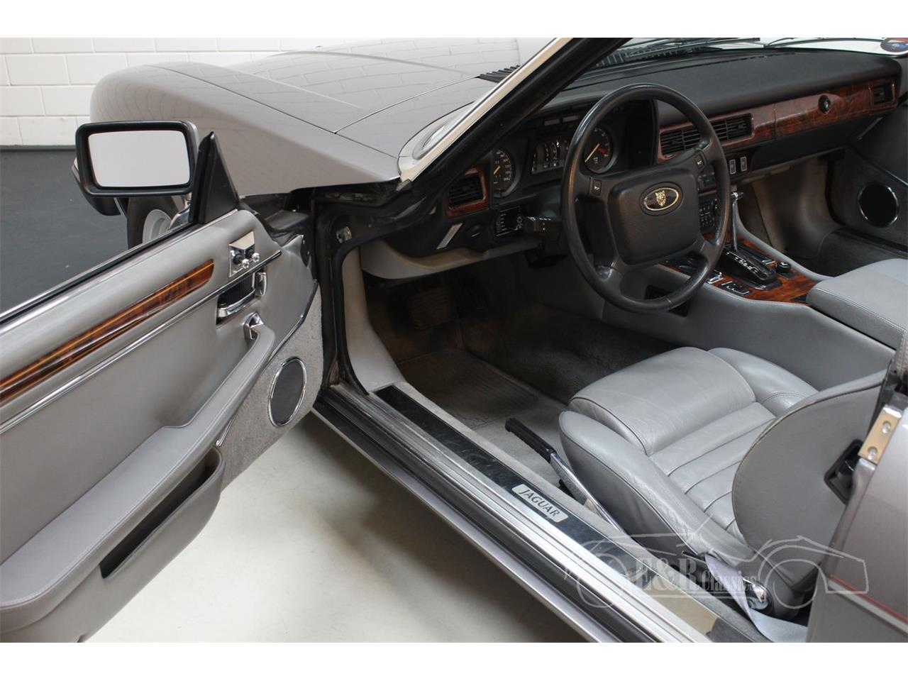 Large Picture of 1991 Jaguar XJS - $39,050.00 Offered by E & R Classics - QQJ7