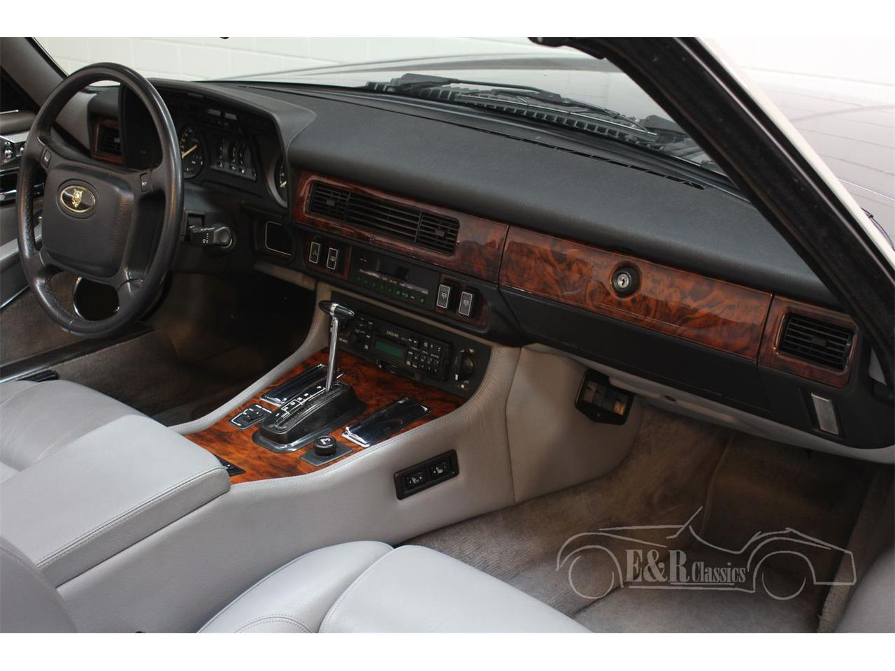 Large Picture of '91 Jaguar XJS Offered by E & R Classics - QQJ7