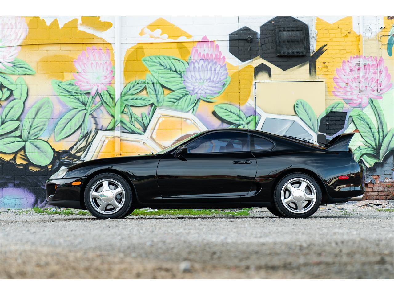 Large Picture of 1994 Toyota Supra located in Michigan - QQJA