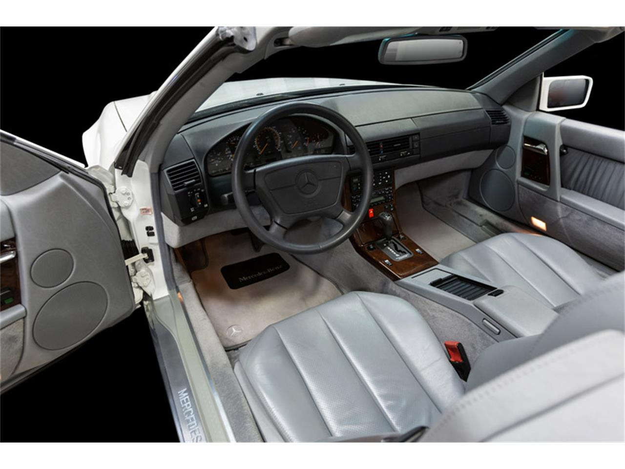 Large Picture of '95 Mercedes-Benz SL500 located in Massachusetts Auction Vehicle Offered by MS Classic Cars - QQJK