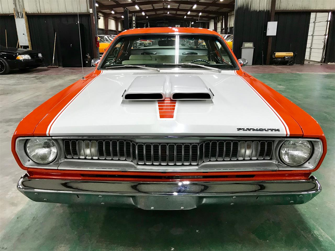 Large Picture of '72 Duster - QQJX