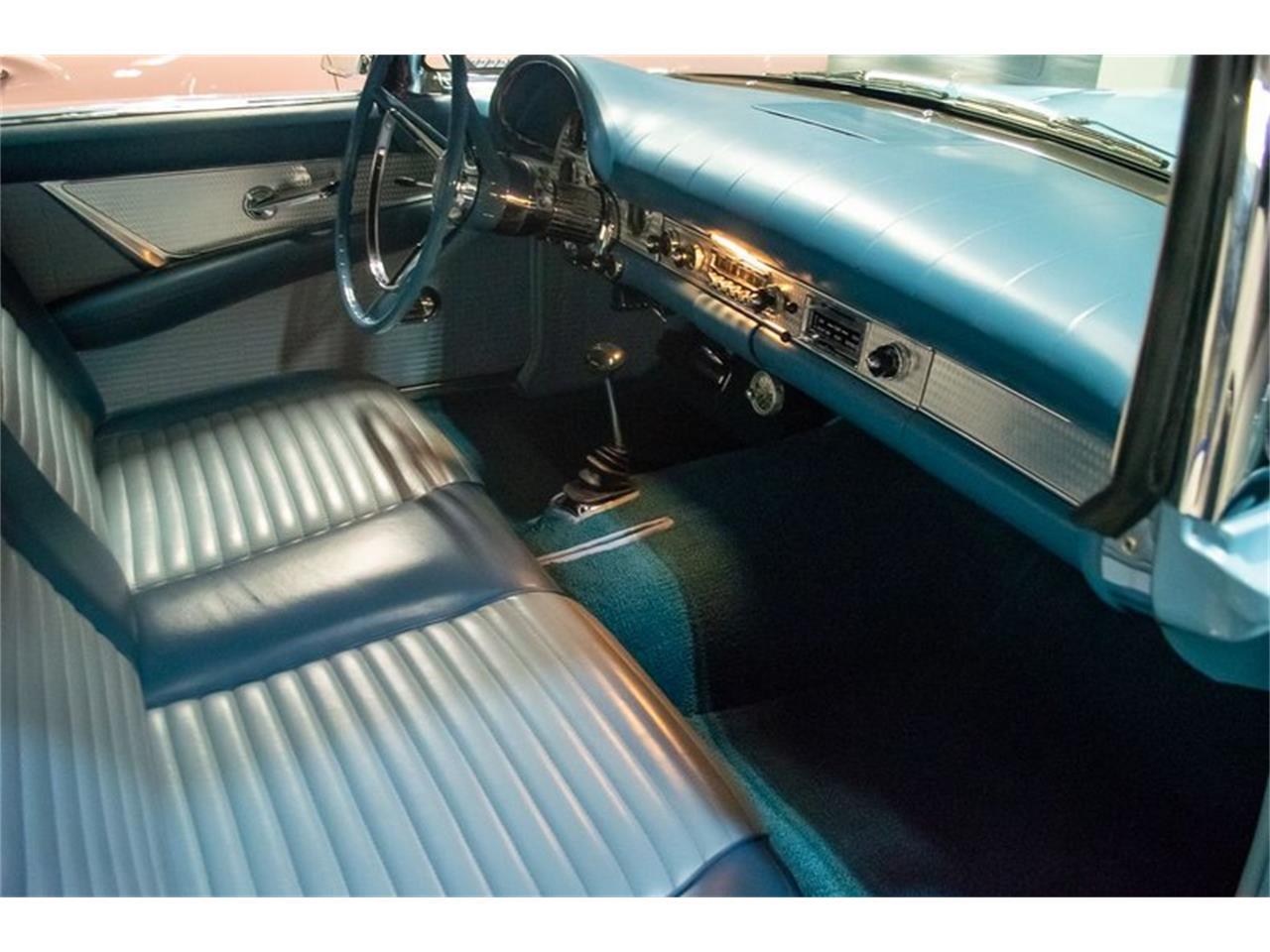 Large Picture of '57 Thunderbird - QQKT