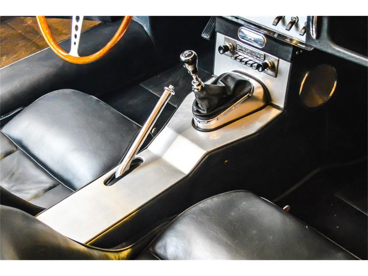 Large Picture of Classic 1962 Jaguar E-Type - QQL2