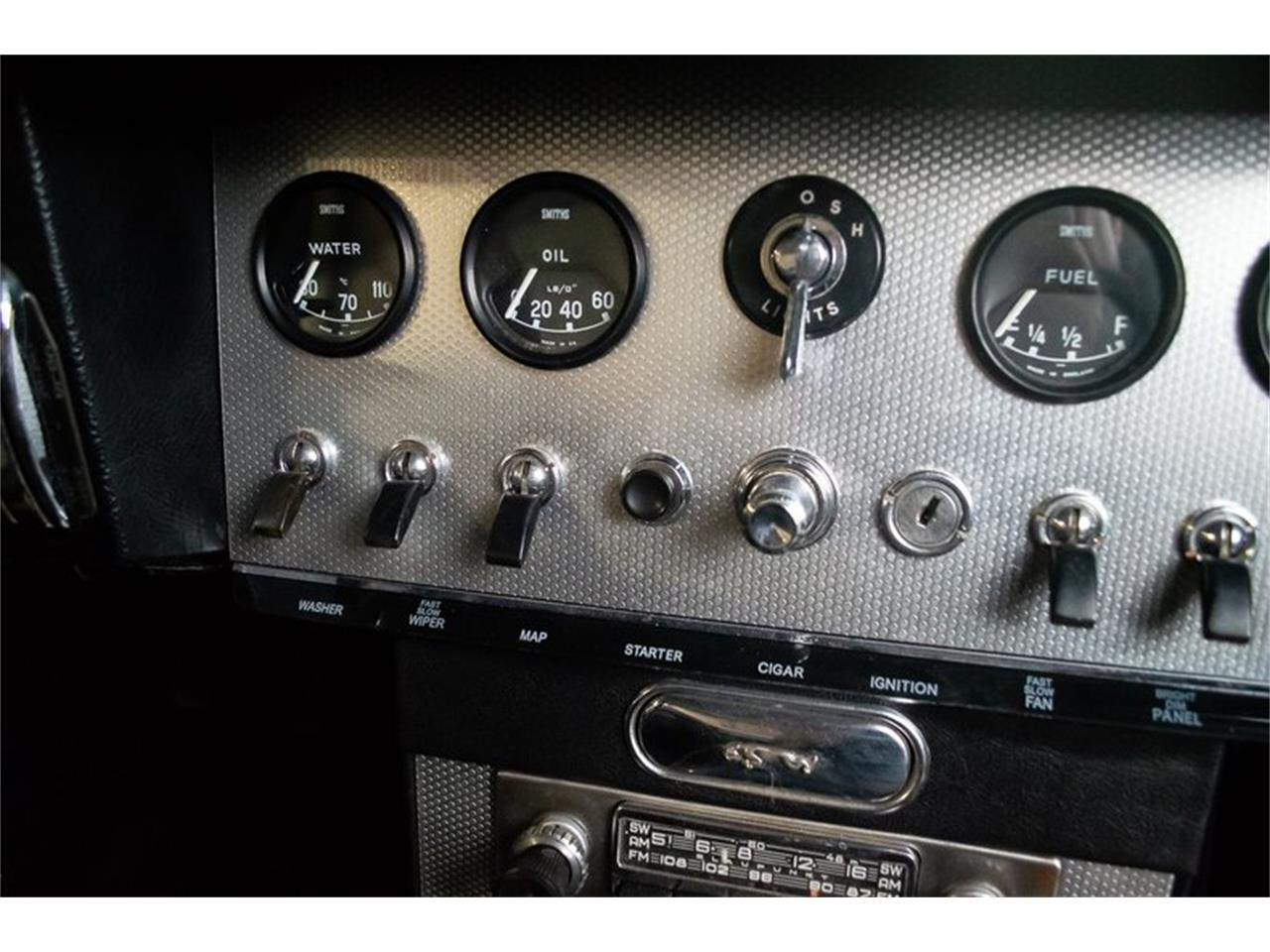 Large Picture of Classic 1962 Jaguar E-Type located in Mississippi Auction Vehicle - QQL2