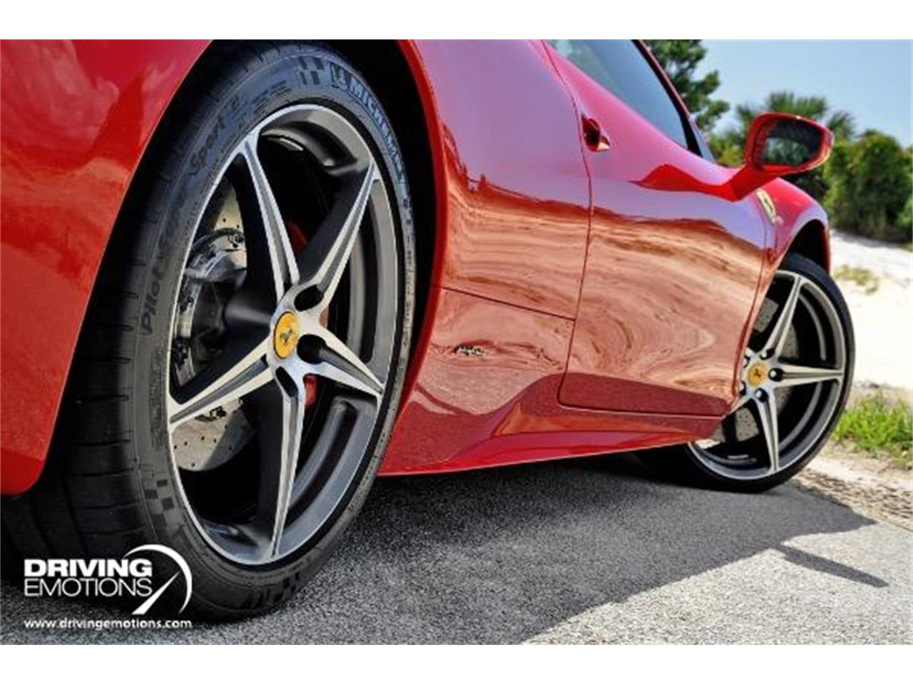 Large Picture of 2015 Ferrari 458 located in West Palm Beach Florida - QQMD