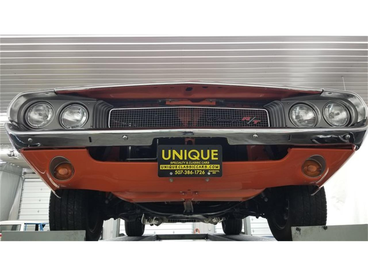 Large Picture of '70 Challenger - QQNN