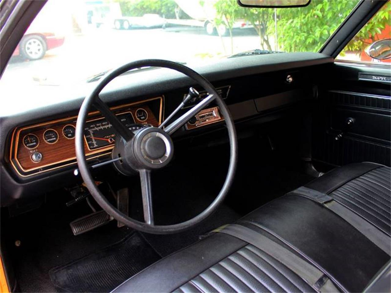 Large Picture of '70 Duster - QQQN
