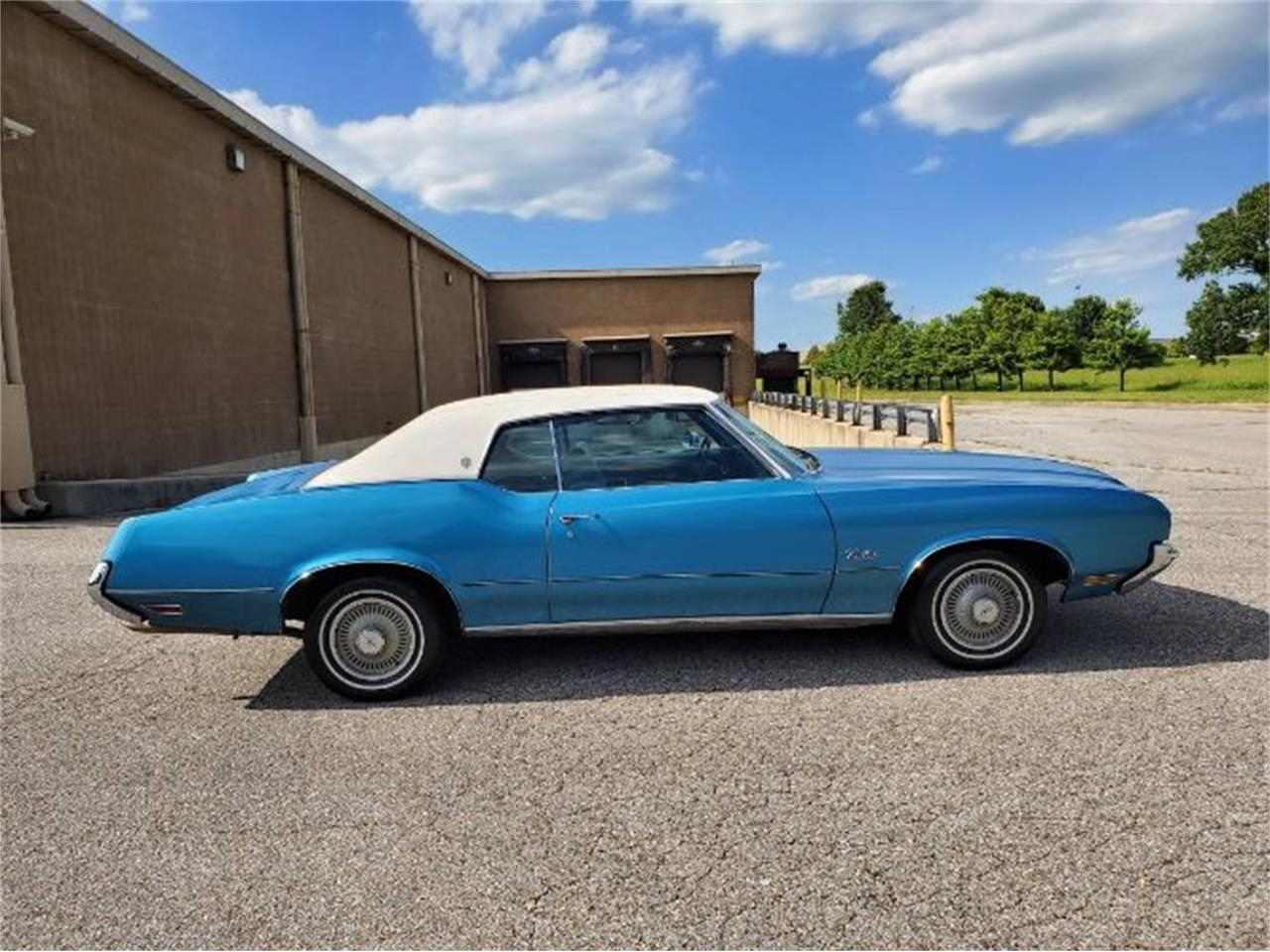 Large Picture of '72 Cutlass - QQRQ