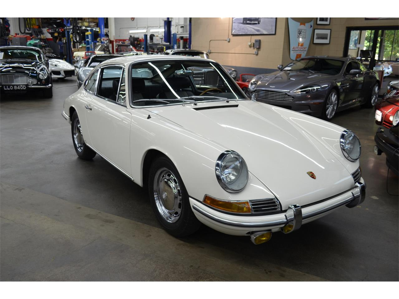 Large Picture of Classic '65 911 Auction Vehicle - QQUH