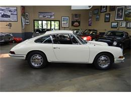 Picture of Classic '65 Porsche 911 located in Huntington Station New York - QQUH