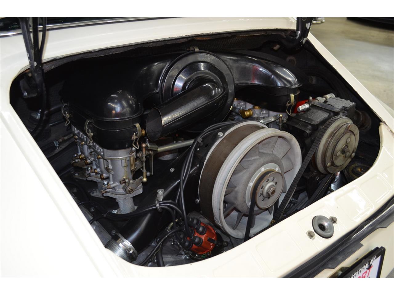 Large Picture of '65 Porsche 911 Auction Vehicle - QQUH