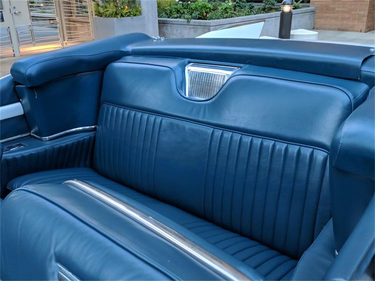 Large Picture of Classic 1957 Cadillac Eldorado Biarritz located in Washington - QQVD