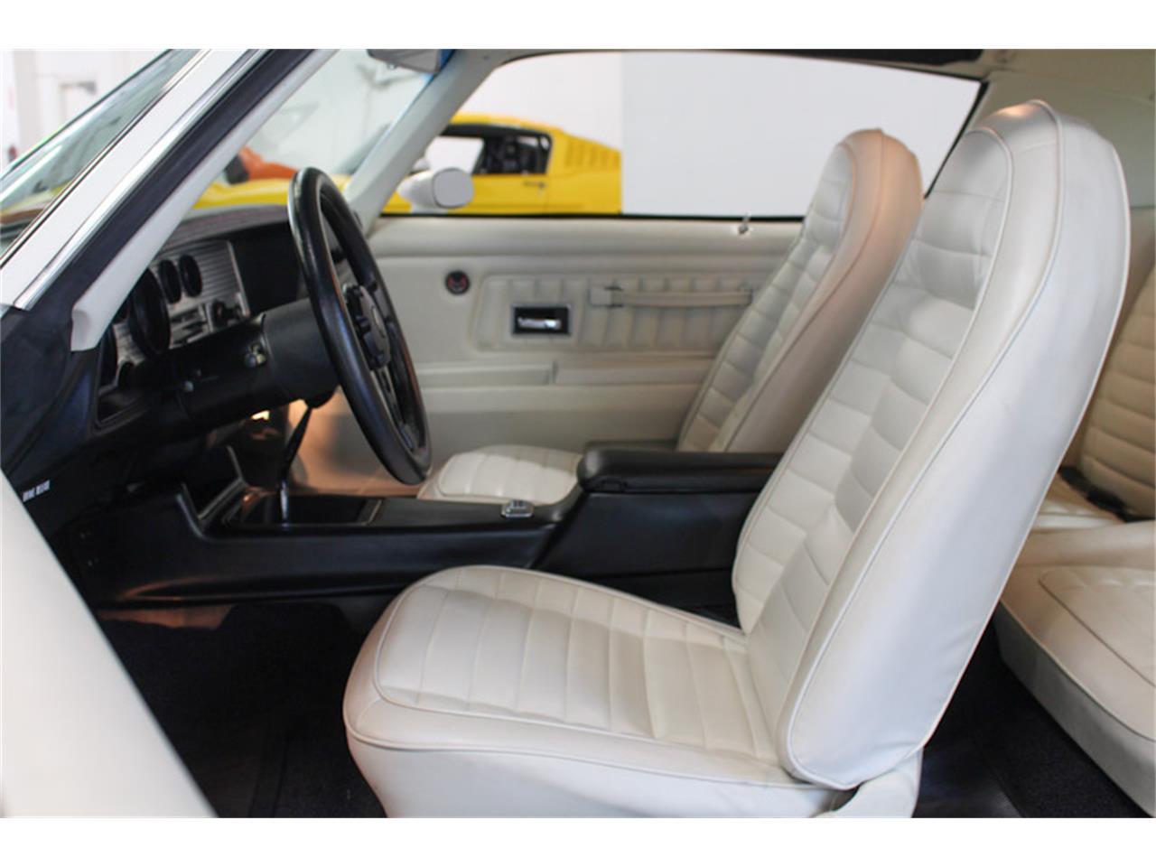 Large Picture of '72 Pontiac Firebird - QQZ8