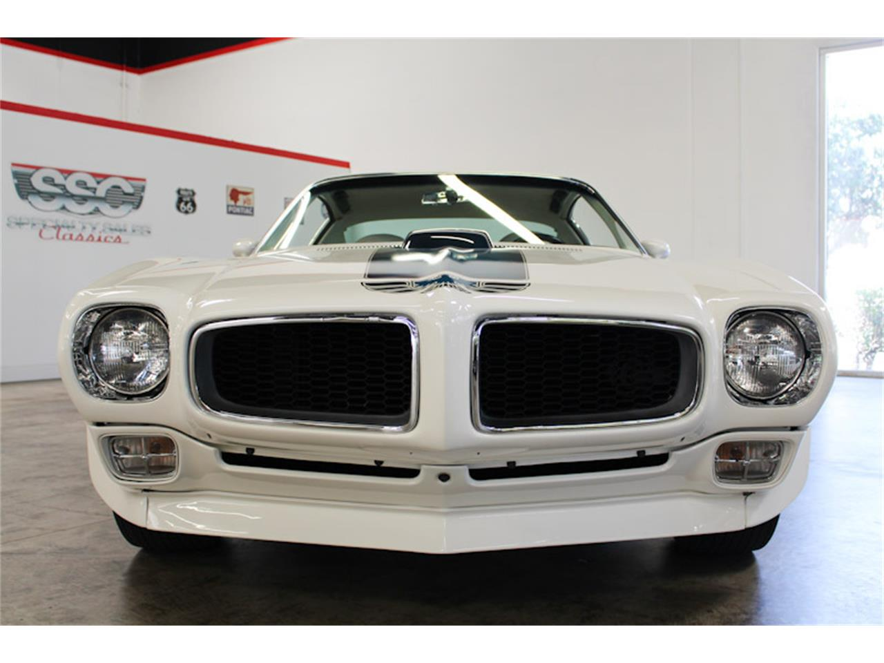 Large Picture of 1972 Pontiac Firebird located in California - $129,990.00 - QQZ8