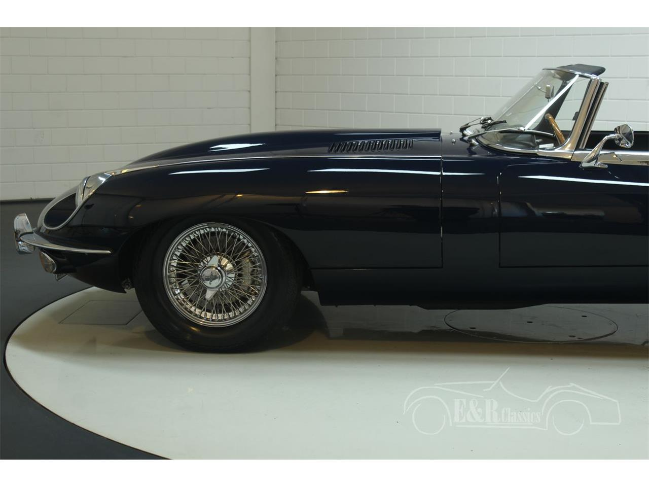Large Picture of '69 E-Type - QR3E