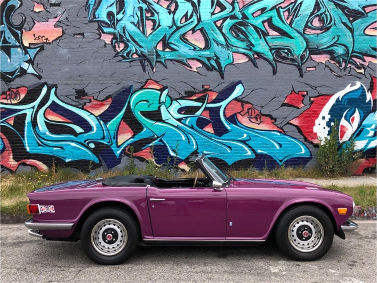 Large Picture of '73 TR6 - QR55