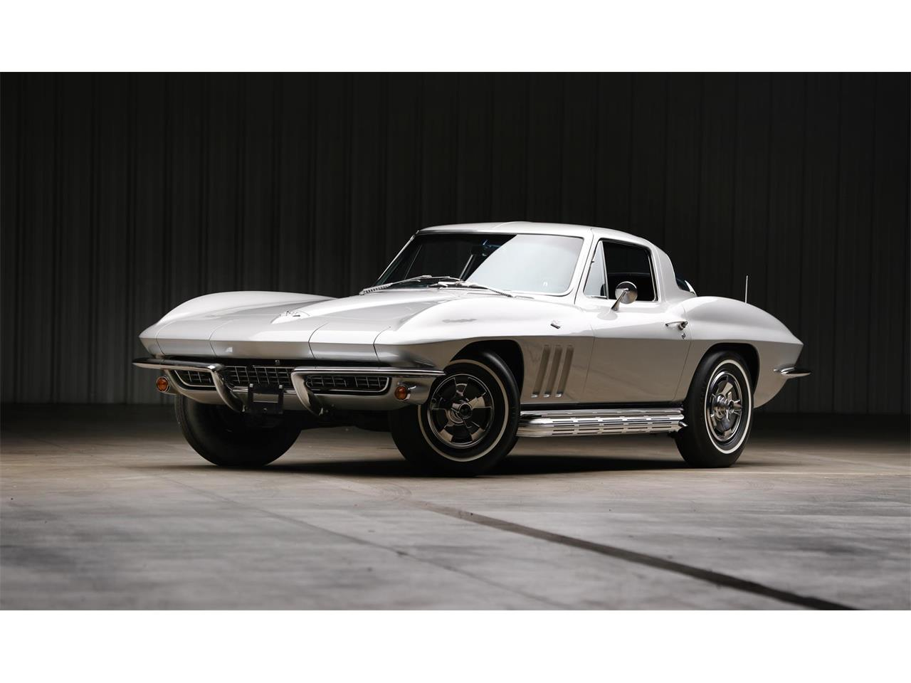 Large Picture of '66 Corvette - QR73