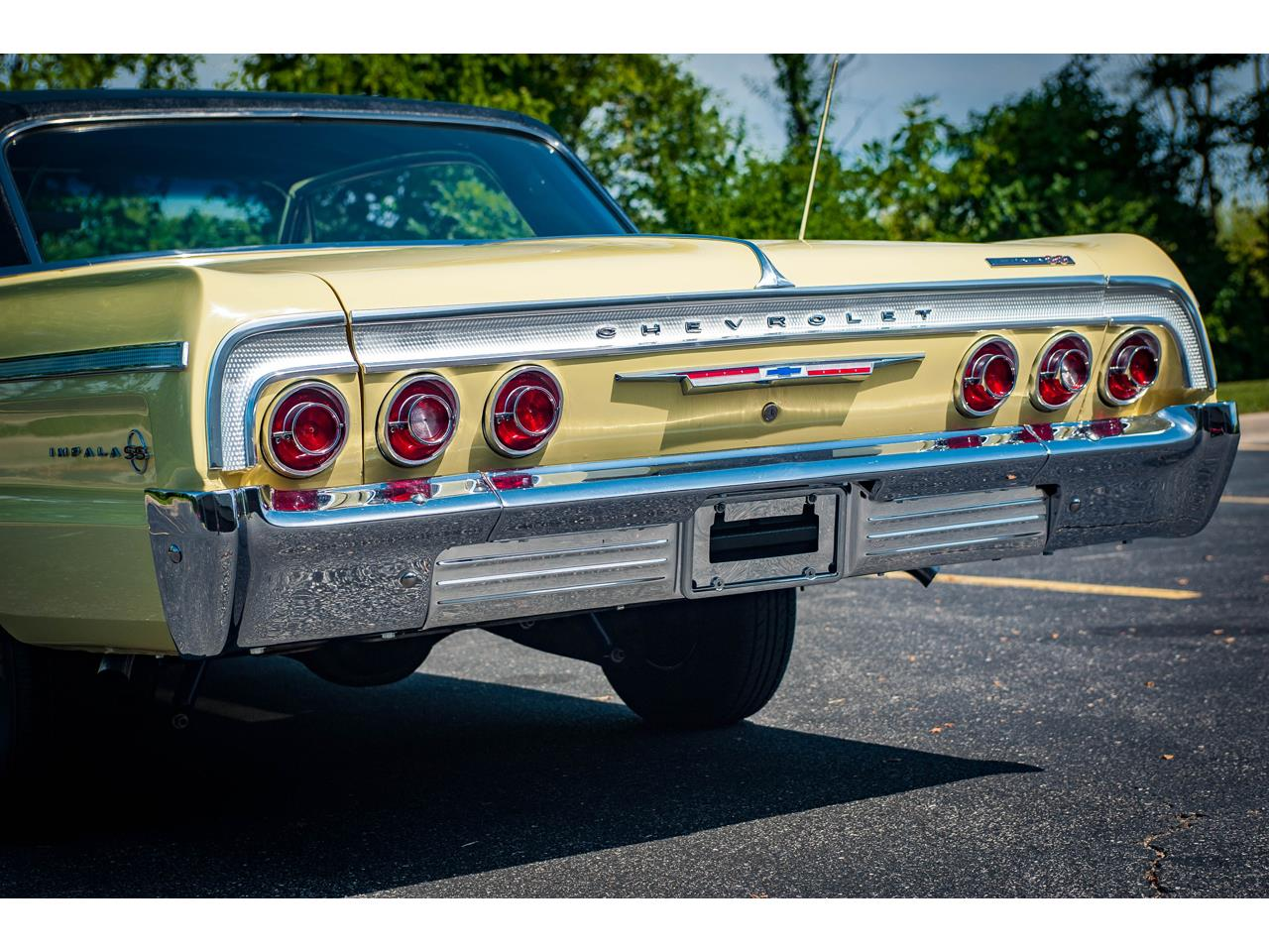 Large Picture of Classic 1964 Impala located in Illinois - QRDR