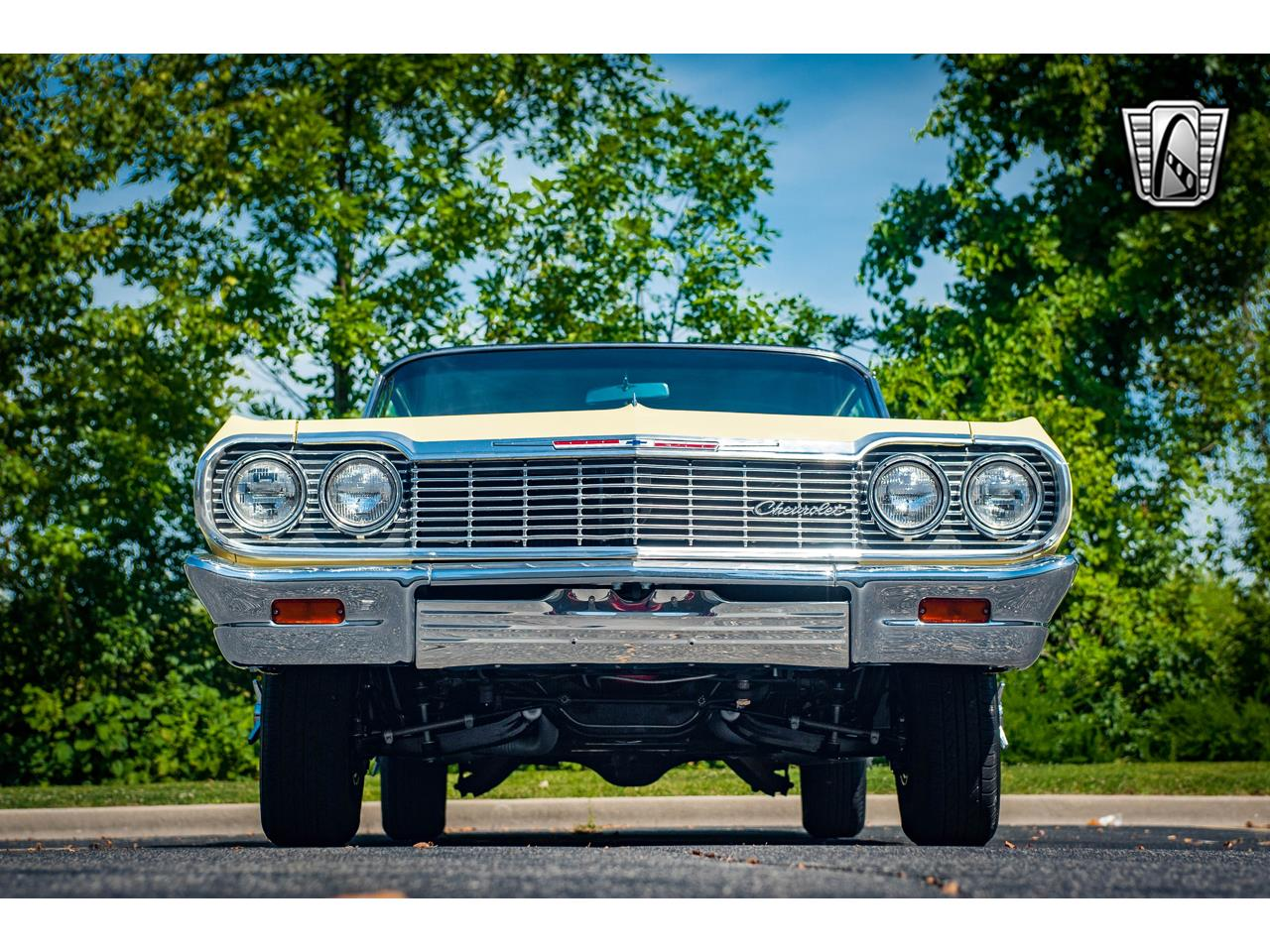 Large Picture of Classic '64 Chevrolet Impala located in Illinois Offered by Gateway Classic Cars - St. Louis - QRDR