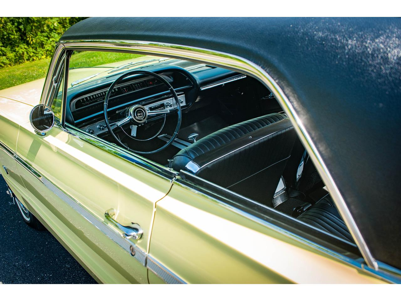Large Picture of Classic '64 Chevrolet Impala Offered by Gateway Classic Cars - St. Louis - QRDR