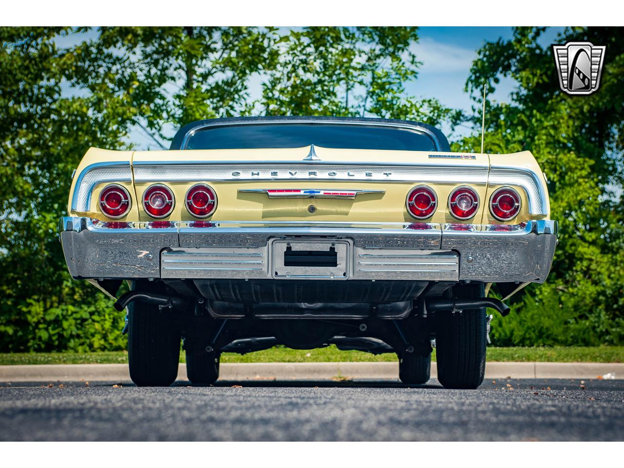 Large Picture of Classic 1964 Impala located in Illinois Offered by Gateway Classic Cars - St. Louis - QRDR