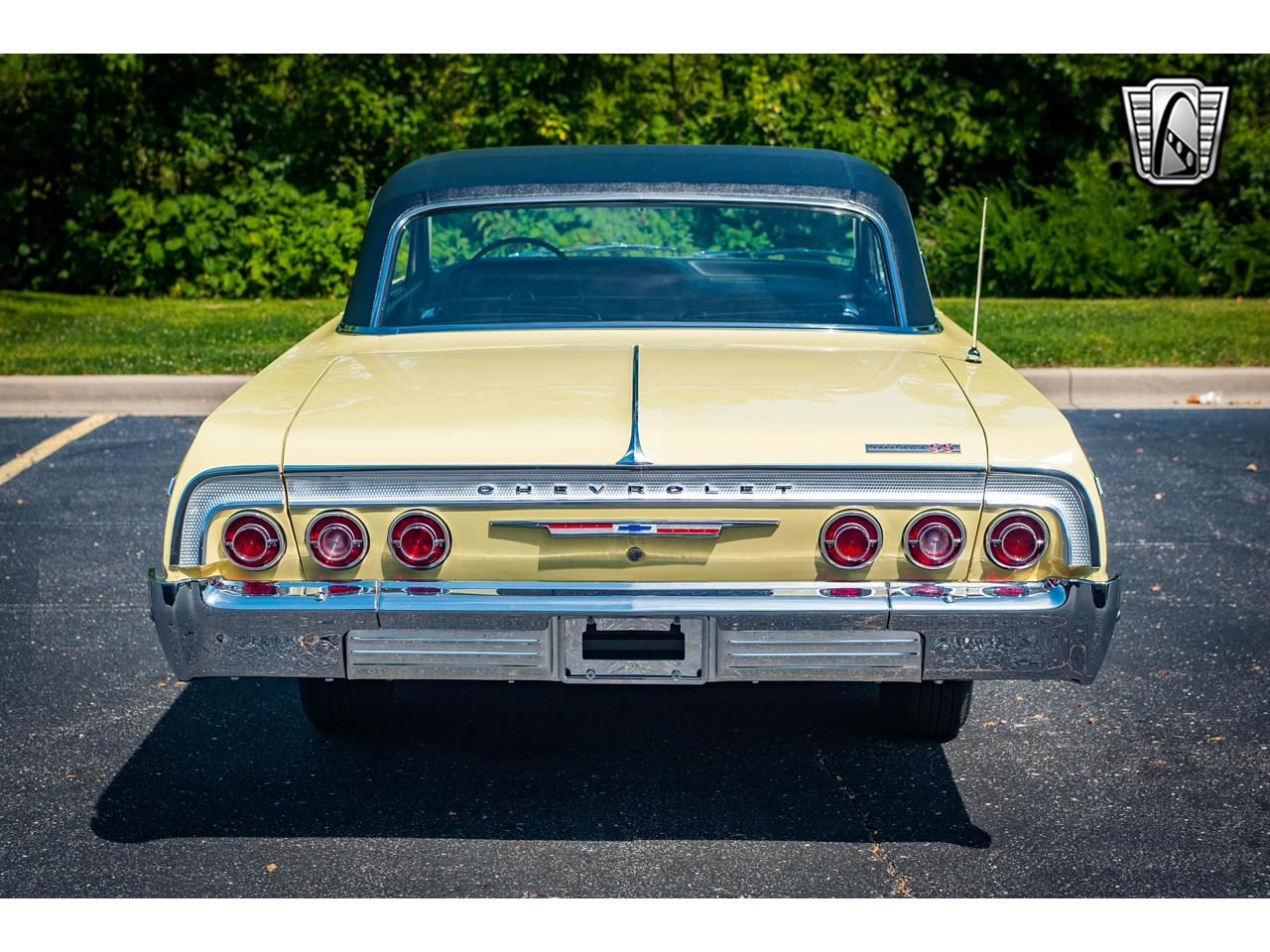 Large Picture of 1964 Impala - QRDR